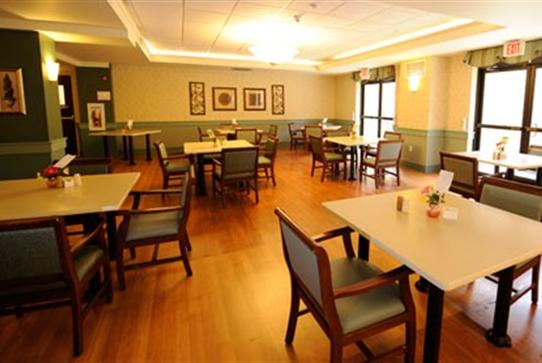 norbert-personal-care-home-dining-3